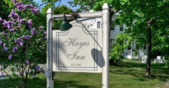 Hayes Inn: Welcome Sign