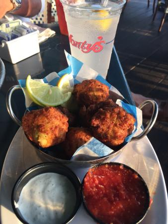 Monty's Raw Bar and Restaurant: Conch fritters