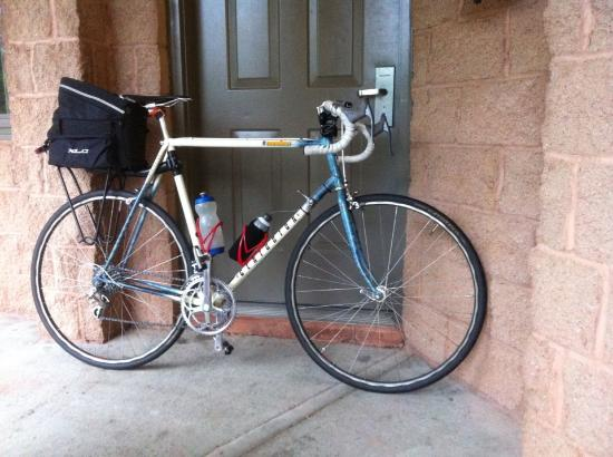 West Point Motel : My bike packed for the return trip to Manhattan