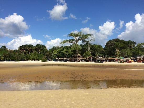 Barcarena, PA: Praia com a maré baixando