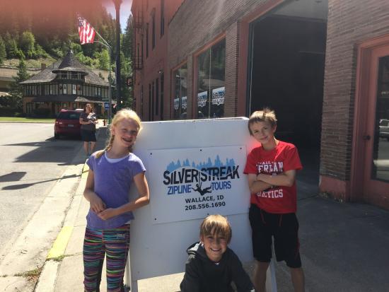 Silver Streak Zipline Tours : Getting ready to ride!