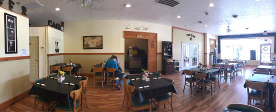 our dining room picture of bumble bee s cafe blue ridge rh tripadvisor com