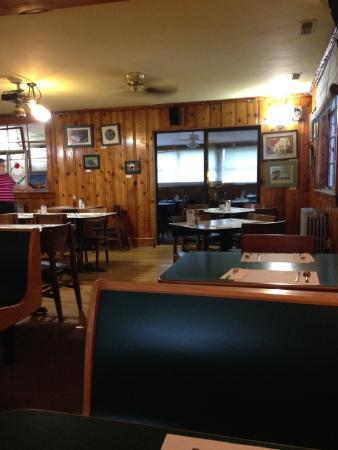 Floyd, VA: Dinning room.
