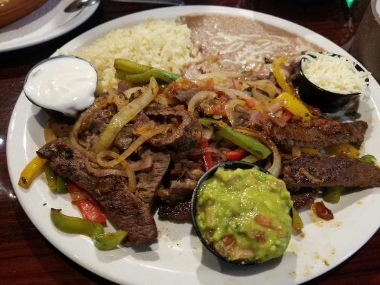 La Cabana de Suisun Restaurant: Steak fajitas