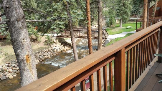 Estes Park Condos: deck over looking the river