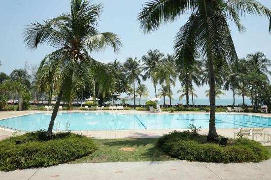 The Grand Beach Resort: Outdoor Swimming Pool