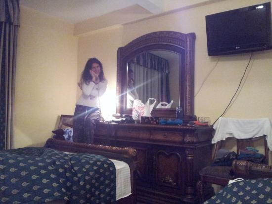 Hotel Daisy: izba ako na zámku / castle style room