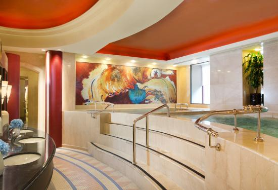 Sheraton Imperial Kuala Lumpur Hotel: Spa - Jacuzzi