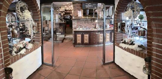 Herisau, Schweiz: Entrée zum Rustikalen Teil des Restaurants