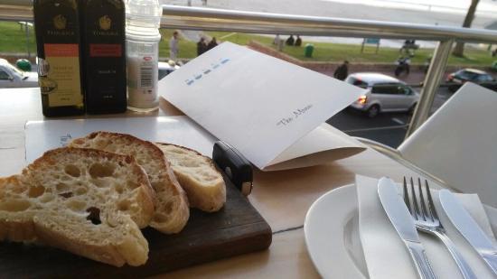 แคมป์สเบย์, แอฟริกาใต้: Fresh Bread