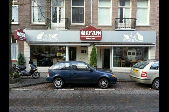 10 restaurants near holiday inn express amsterdam for Meram restaurant amsterdam