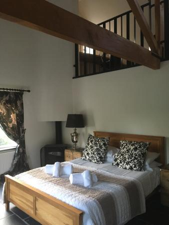 Brown Horse Inn: Winster view cottage