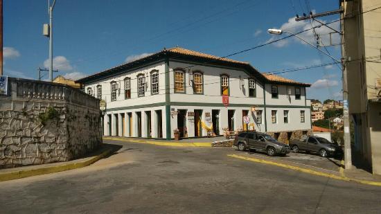 Pitangui Minas Gerais fonte: media-cdn.tripadvisor.com