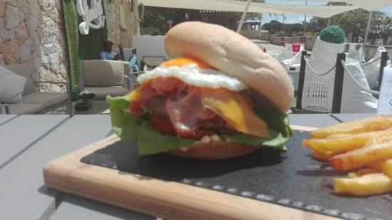 Limboo Beach club & Restaurant