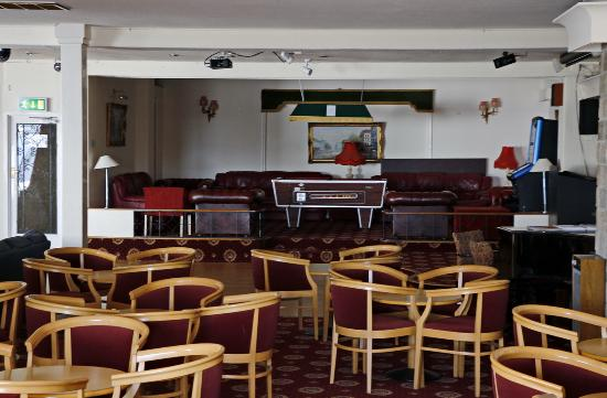 Kilbirnie Hotel: Lounge