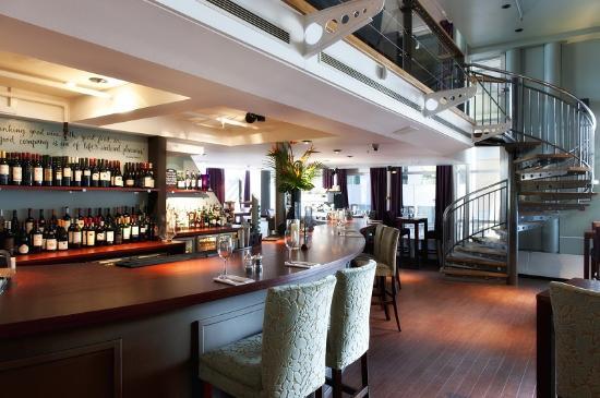 Jamies Wine Bar & Restaurant