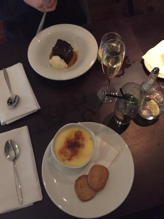 Browns Brasserie & Bar Old Jewry: Sticky Toffee Pudding & Creme Brulee