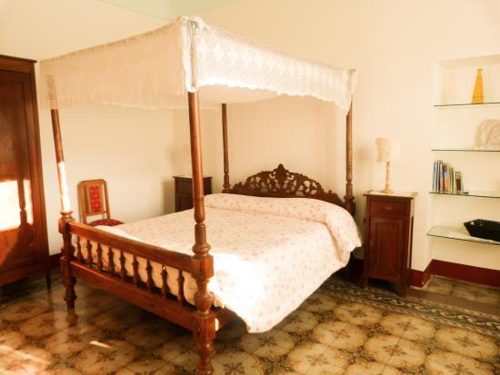 Camere Da Letto Con Letto A Baldacchino : Camera con letto a baldacchino foto di la casa fiorita noto