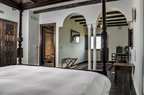Monda, Spanyol: Suite room