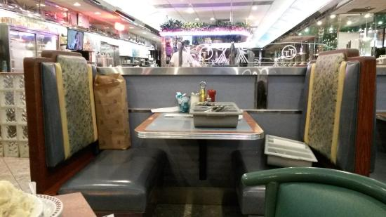 Double T Diner: No fun having to watch dirty dishes or table set up stuff while you eat.