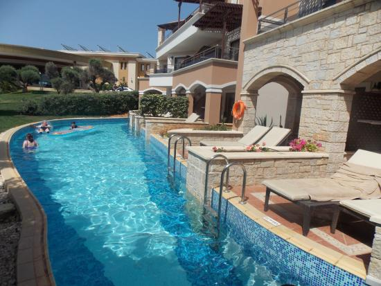 Hotels In Crete With Swim Up Rooms