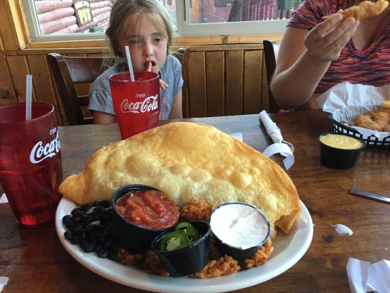 Ponderosa Restaurant: Fried taco is HUGE!