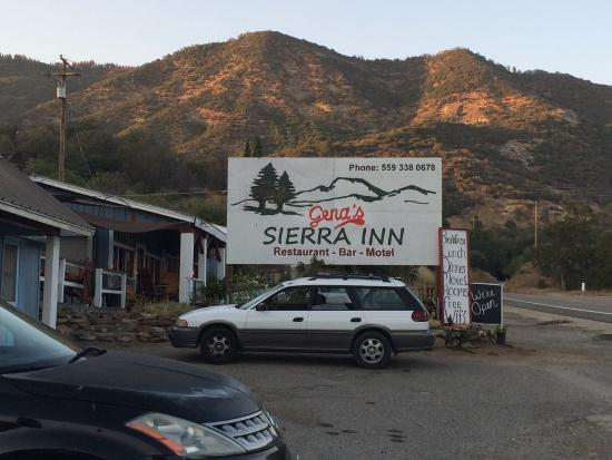 Gena's Sierra Inn: Dinner was great. Huge portions. So worth it!! Friendly folks.