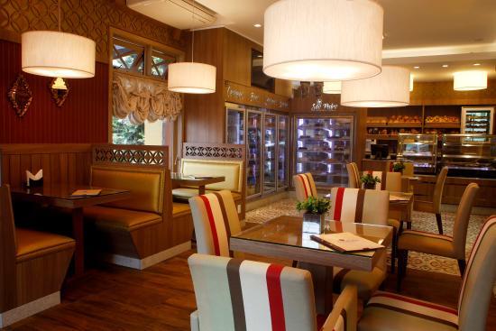 Sao Pedro Casa de Paes e Cafe