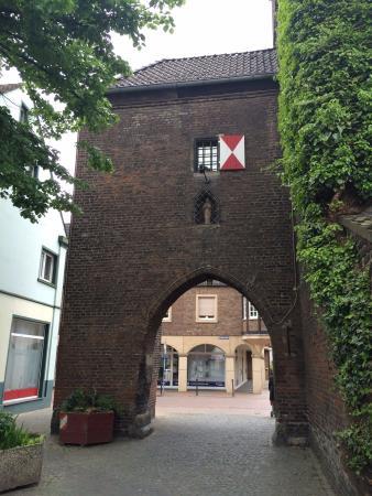 Monheim am Rhein, Jerman: Porta