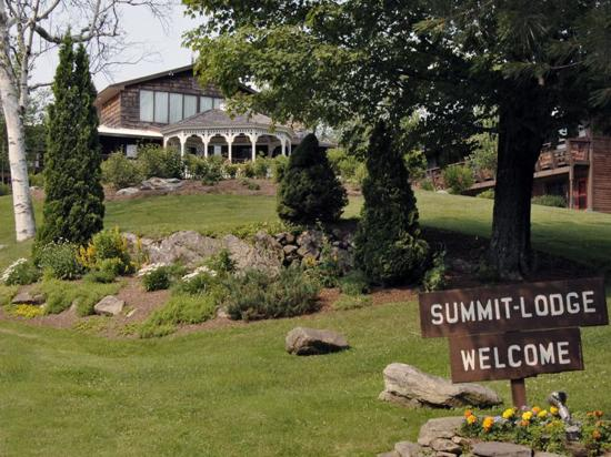 Summit Lodge & Resort
