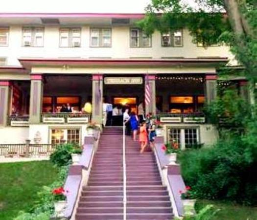 Terrace inn and 1911 restaurant petoskey mi 2016 inn for 1911 restaurant at the terrace inn