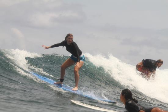 Island Style Surf School : photo1.jpg