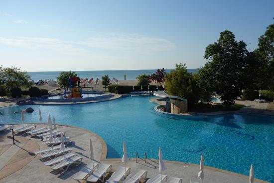Hotel Laguna Beach: La piscine extérieure