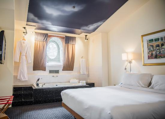 Hotel du capitole updated 2018 prices reviews quebec for Chambre hote quebec