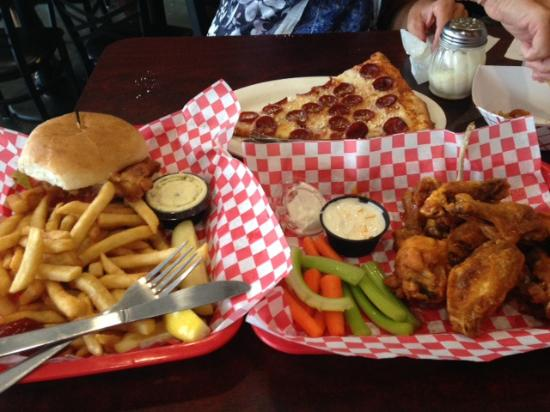Casa Di Pizza: Fish sandwich, pizza, wings