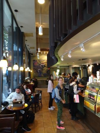 Starbucks Queen Street Photo1 Jpg