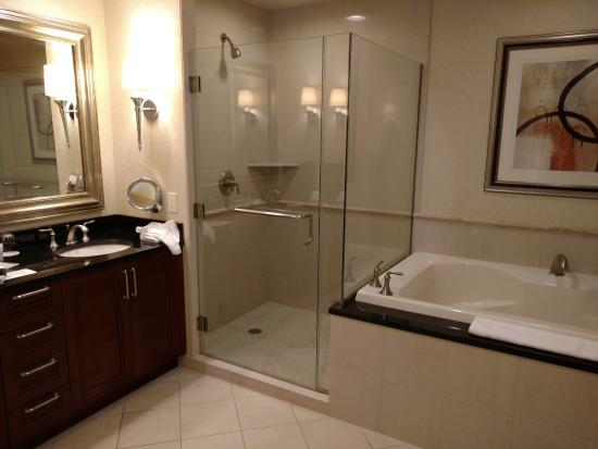 A Large Bathroom With Jacuzzi Tub Picture Of Signature At Mgm