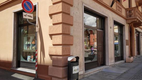 Cafe Librairie Culture Alpine E Francophonia
