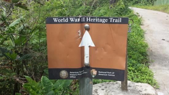 National Park of American Samoa, Amerikan Samoa: Trail sign on the tramway end (I recommend starting here)