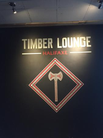 Timber Lounge Axe Throwing
