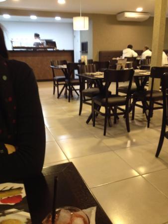 Adachi - Cozinha Oriental e Temakeria