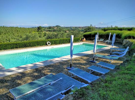 Torre di Ponzano - Chianti area - Tuscany - : Sadly never had time to use the relaxing pool . . . there was simply too much to do and see !