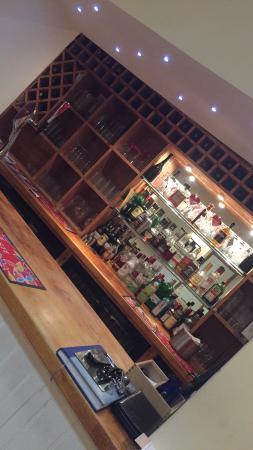 Brackley, UK: Fully licenced bar