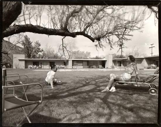 The Hideaway: 1947 Schulman photo