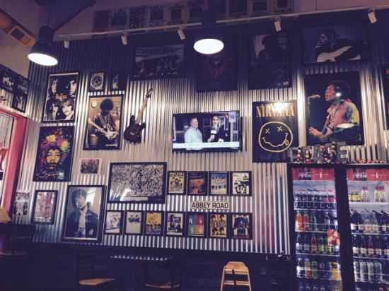 Fairlawn, OH: Not your typical sub shop!  Wall-to-wall rock memorabilia.