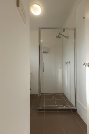 Biloela, Australië: Shower