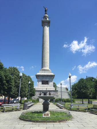 Trenton Battle Monument Plaza