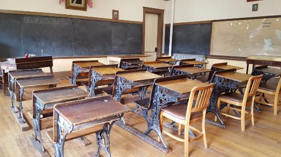 Animas Museum : The mock school room