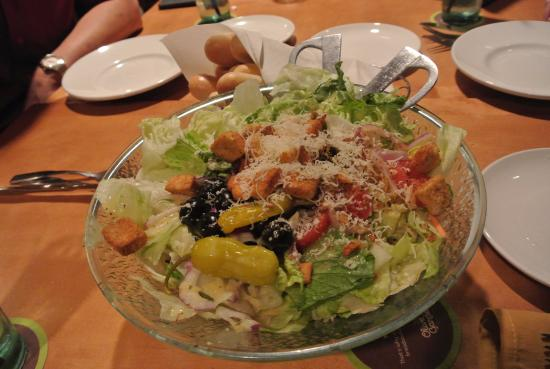 Olive Garden: Yummy and simple Caesar salad