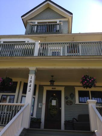 Bee & Thistle Guest House: Charm, comfort, kindness
